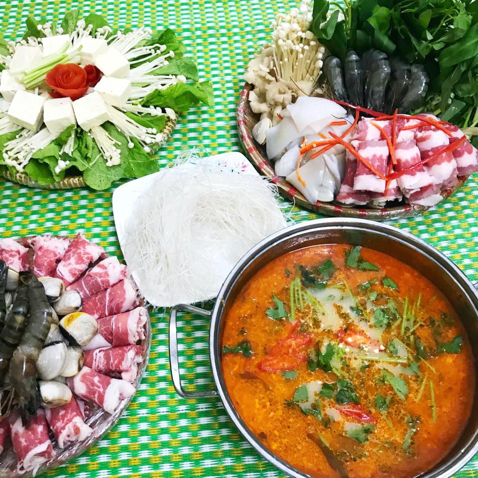 Lẩu Thái chua cay dễ làm cho ngày cuối tuần