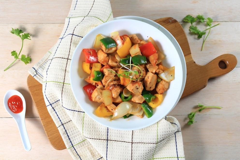 Nấu nhanh gà lúc lắc sắc màu tuyệt ngon