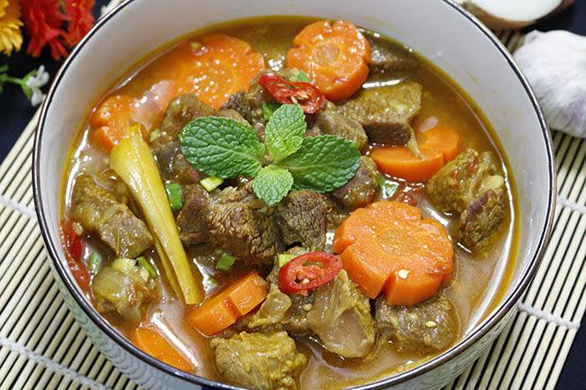 Bò kho nước dừa thơm lừng, ăn với cơm hay bún đều ngon hết ý