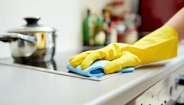 Vệ sinh nhà bếp sạch bong, sáng bóng chỉ với những nguyên liệu đơn giản này
