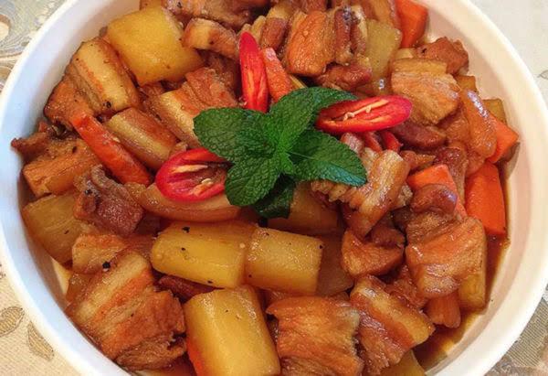 Cách làm thịt ba chỉ kho củ cải ăn kèm cơm nóng cực ngon