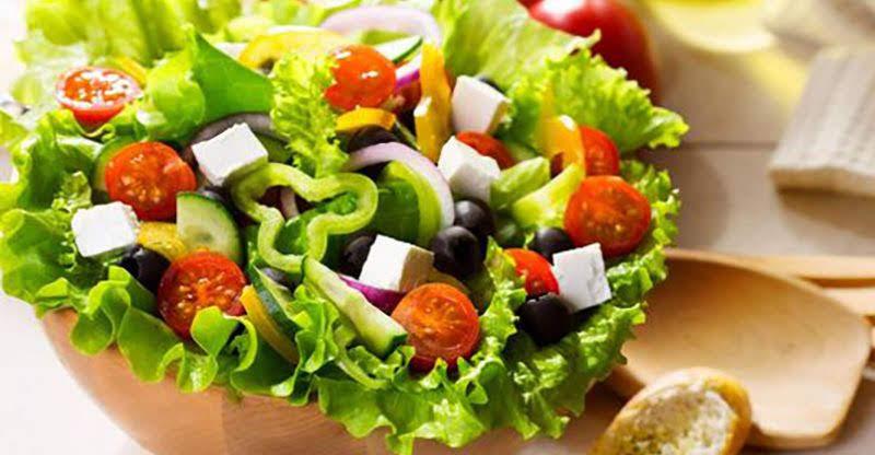 9 cách làm salad rau củ giúp giảm cân và chống ngán ngày Tết