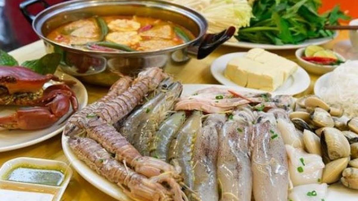 Những bộ phận trên hải sản cần loại bỏ sạch sẽ trước khi chế biến kẻo gây hại sức khoẻ