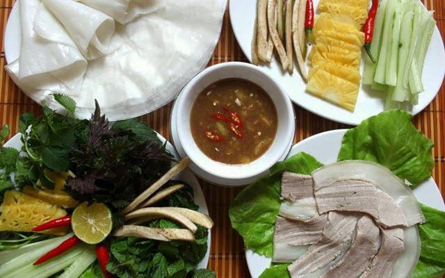 Các món thịt luộc giải ngán cho mâm cơm gia đình