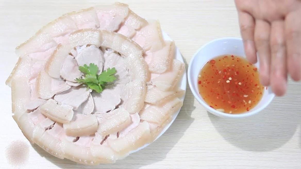 Cách luộc thịt heo ngon nhất, thịt ngọt thơm mềm ai cũng nên biết