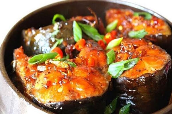 Cá chép kho riềng và kho nghệ cho bữa cơm trọn vị, thơm ngon