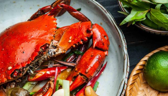 Đổi hương vị bớt ngán cho cả nhà với 4 món ngon từ cua biển Cà Mau