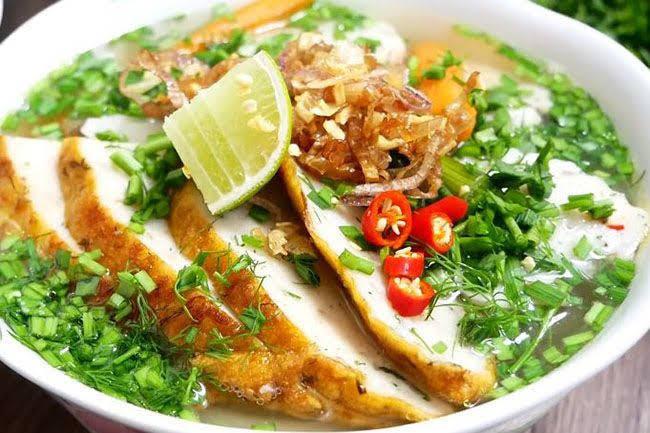 Cách nấu bánh canh chả cá Nha Trang ngon đúng điệu