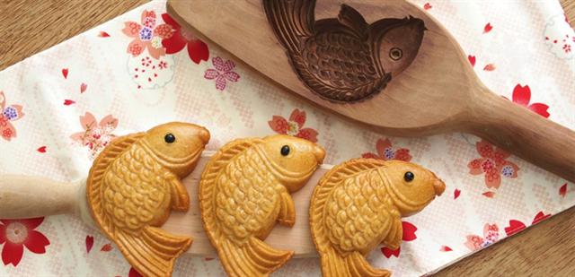 Tự tay làm bánh trung thu cá nướng ngon mê li