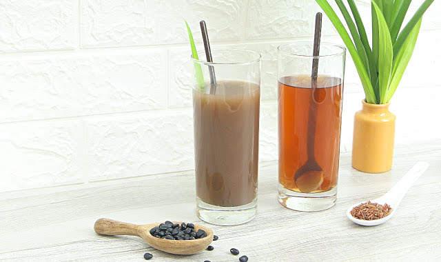 Nước đậu đen và nước gạo lứt – 2 loại nước đẹp da tốt cho sức khỏe