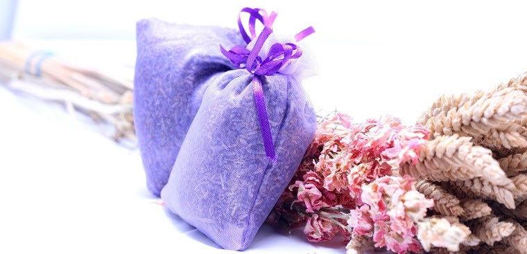 Cách làm túi thơm với hương hoa cho cả nhà ngát hương, dịu mát