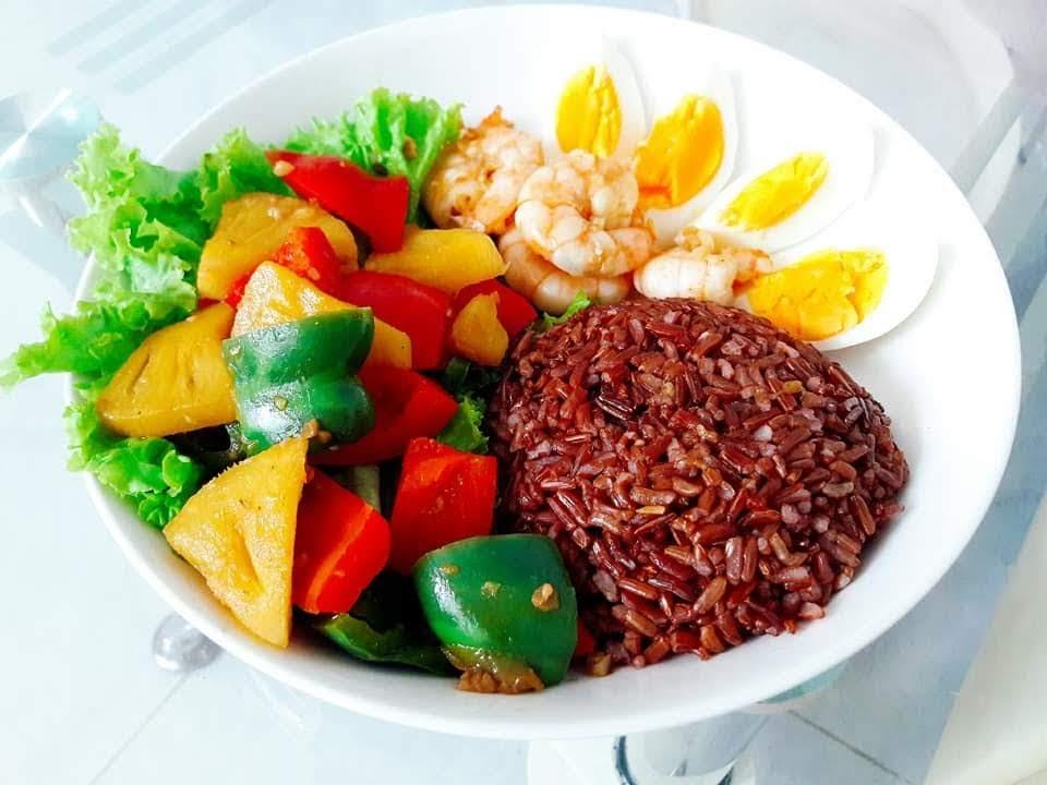 Cách làm 7 món ăn ngon và bổ từ gạo lứt dinh dưỡng đổi vị cho bữa cơm gia đình