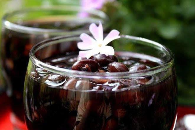 Cách nấu chè đậu đen nước cốt dừa thơm ngon mà không bị sượng