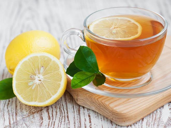 Pha nước chanh mật ong uống mỗi tối, dáng chuẩn, da trắng mịn lại chữa mất ngủ