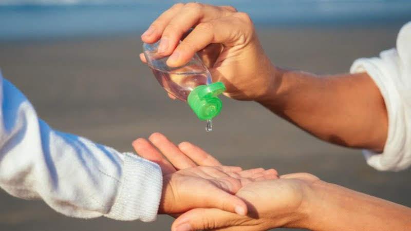 Cách tự làm nước rửa tay khô theo hướng dẫn của WHO