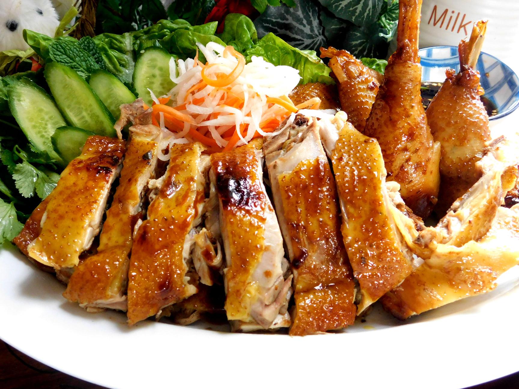 Cách làm gà om xì dầu thơm lừng ngon cơm