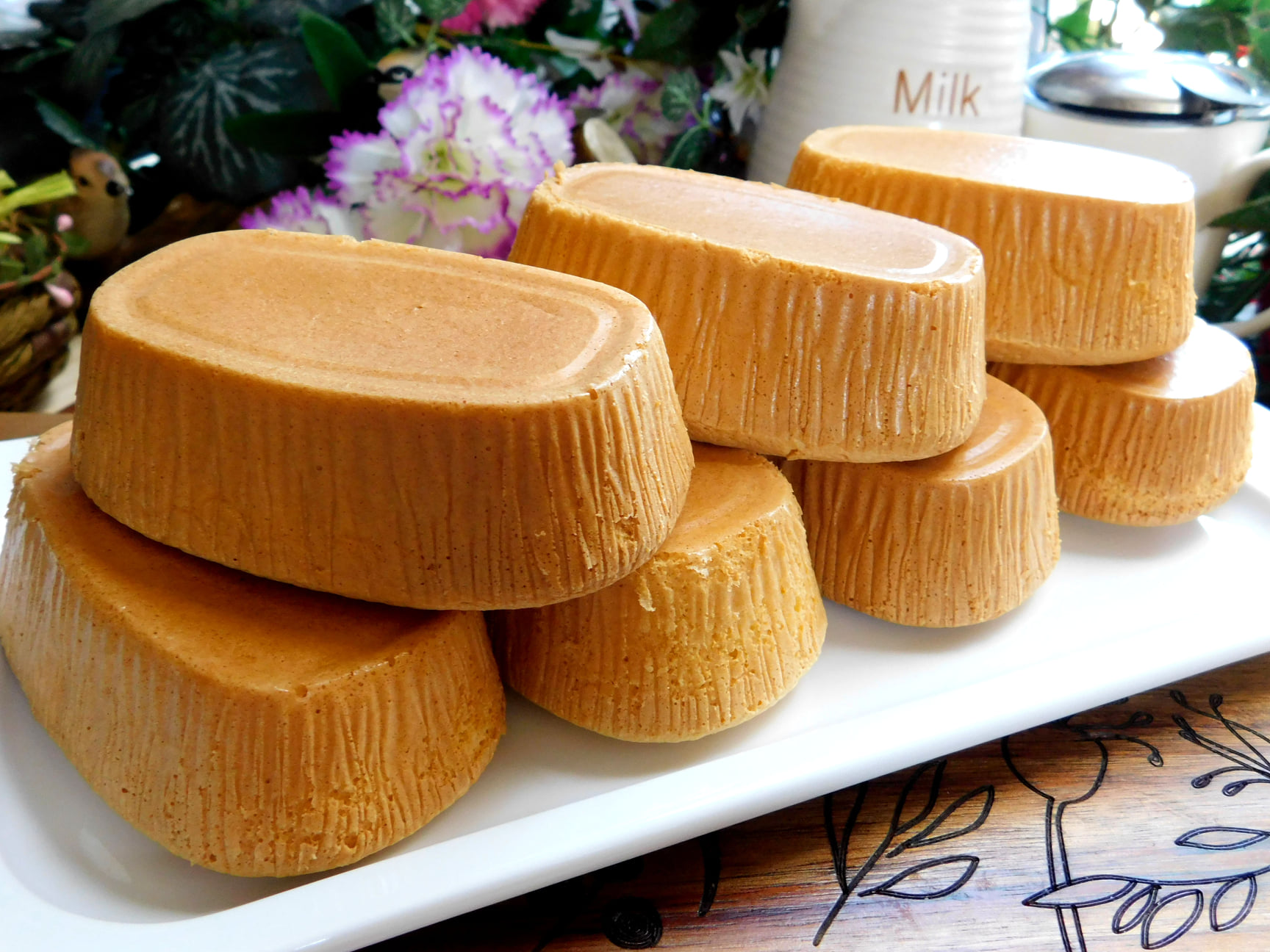 Công thức bánh bông lan mật ong bông xốp thơm ngon mềm mịn dễ làm